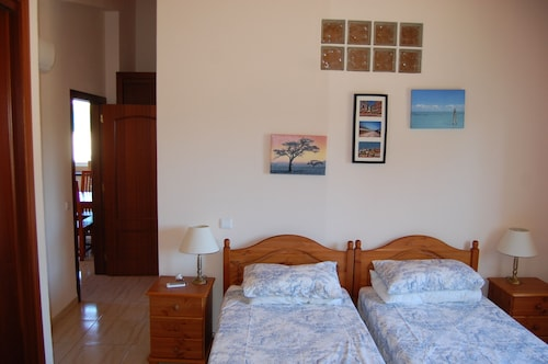 House With 2 Bedrooms in Algoz, With Pool Access, Furnished Garden and, Silves