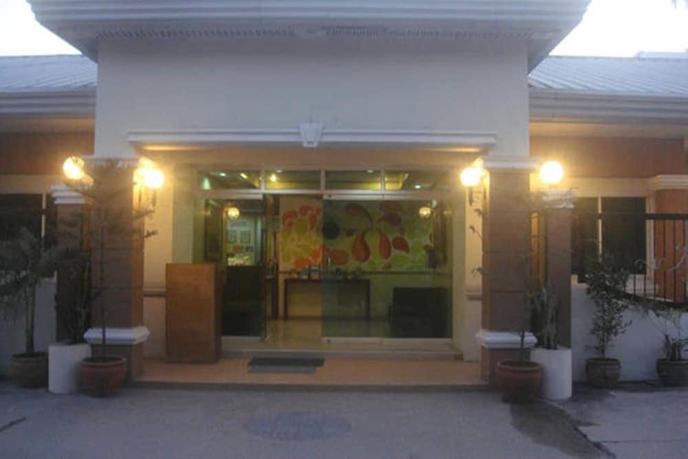 バリバゴ ヴィラ ホテル