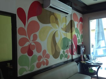 SUN MOON POOLSIDE HOTEL Hotel Interior