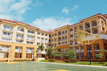 2BR AT SAN REMO OASIS NEAR SM SEASIDE Basketball Court