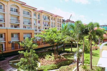 2BR AT SAN REMO OASIS NEAR SM SEASIDE Exterior