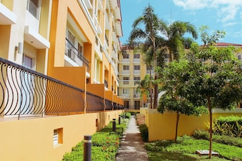 2BR AT SAN REMO OASIS NEAR SM SEASIDE Property Grounds