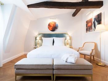 Quadruple Room, Connecting Rooms
