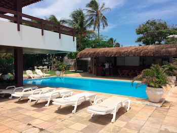 杜羅海灘花園飯店 Duro Beach Garden Hotel