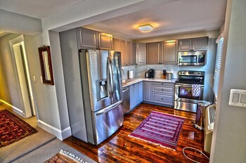 525 Northwest Apartment #1062 - 1 Br Apts