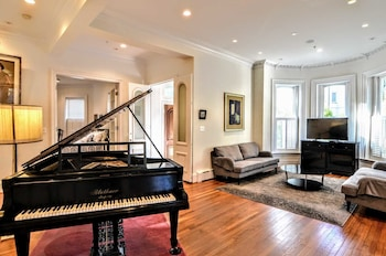 1903 Northwest Townhome #1073 - 4 Br Townhouse