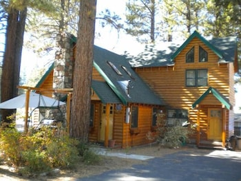 Forest Log House #cth3663 3 Bedrooms 2 Bathrooms Home