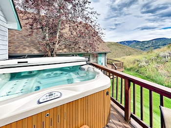 2810 O'neal Spur Townhouse Unit C 3 Bedrooms 2 Bathrooms Townhouse