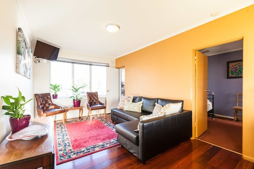ELEANOR, 1BDR Fitzroy North Apartment, Yarra - North