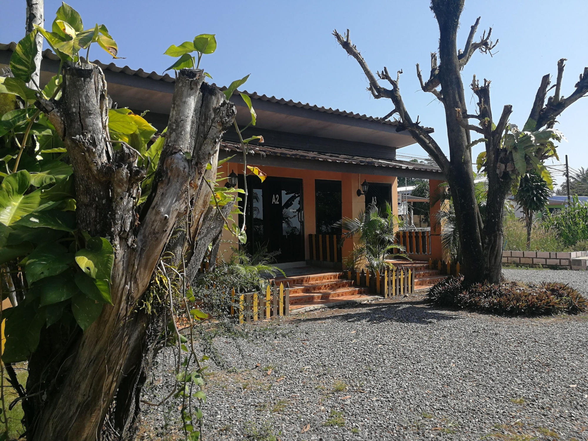 Marina Resort and Restuarant, Langu