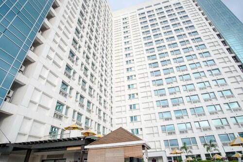 SR Vacation Rental - Grand Cenia Residences, Cebu City