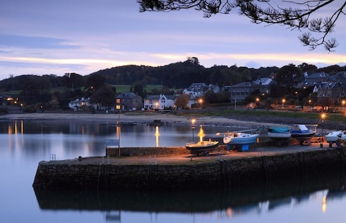 __{offers.Best_flights}__ Aberdour Hotel