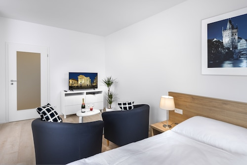 . CityWest Apartments