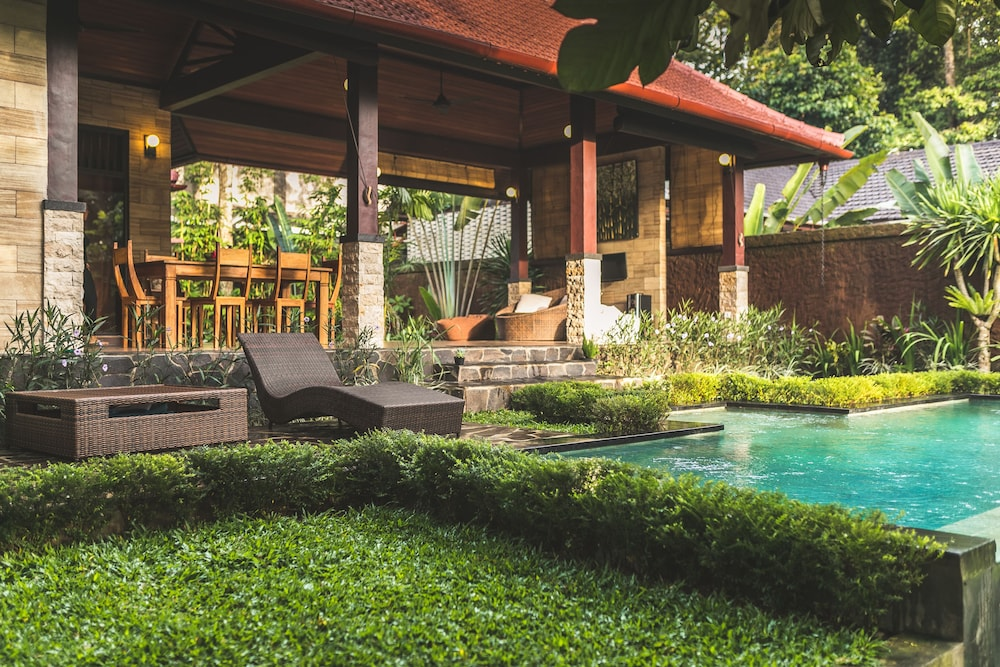 Luxury A Priori Ubud