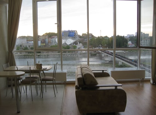 . RozaMari Apartments