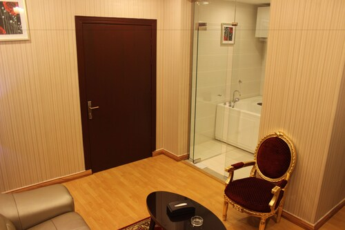 Yanud Apart-Hotels,