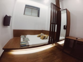 Superior Ac Double Room With Common Showers