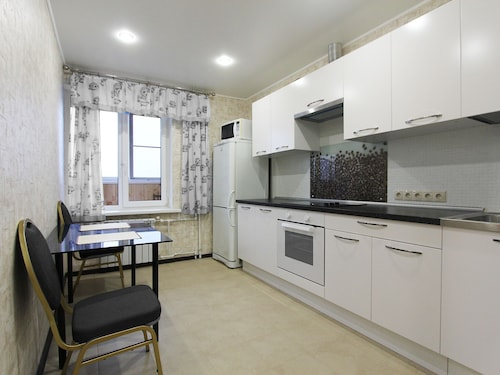 ApartLux Aviamotornaya, Central