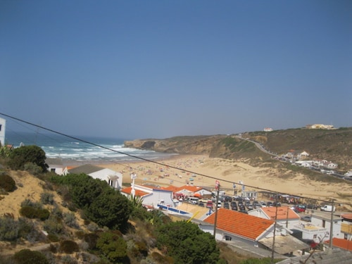 House With 3 Bedrooms in Aljezur, With Wonderful Mountain View and Fur, Aljezur