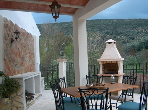 House With 5 Bedrooms in Zambra, With Furnished Terrace and Wifi, Córdoba