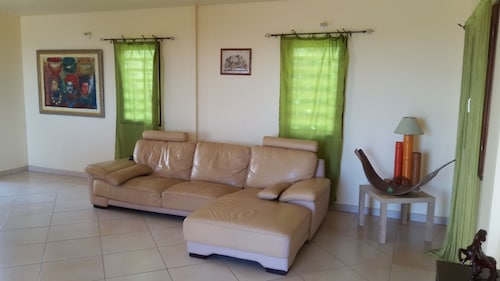 House With 2 Bedrooms in Saint-claude, With Wonderful sea View, Enclos, Saint-Claude
