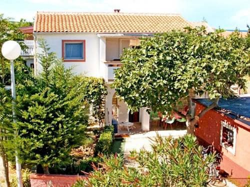 Apartment With 2 Bedrooms in Vir, With Enclosed Garden and Wifi - 250, Vir