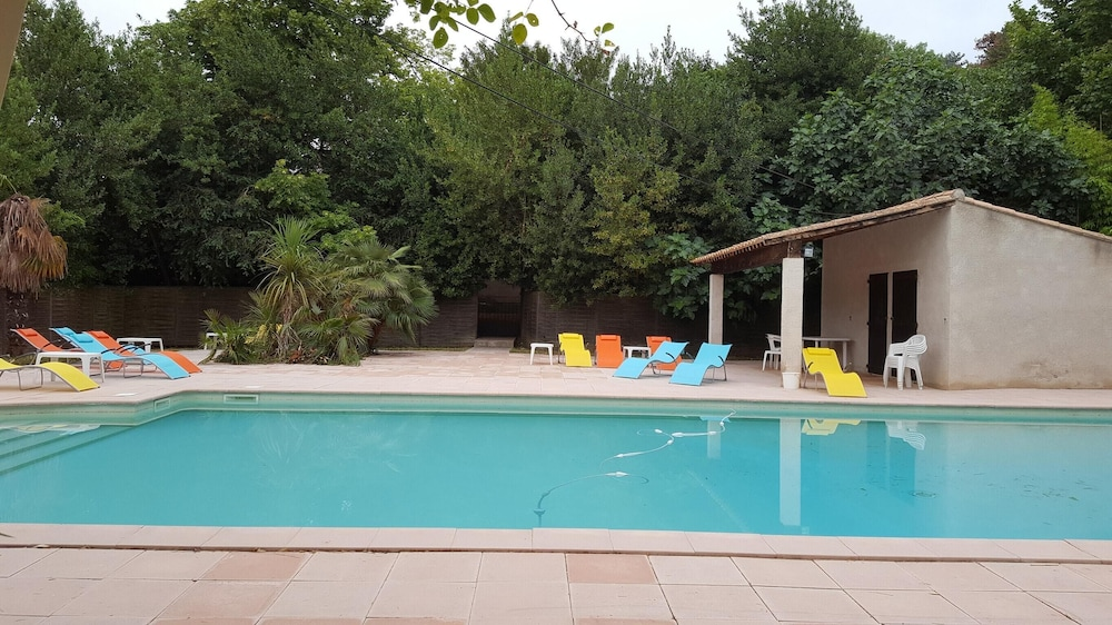 House With 4 Bedrooms in Lagrasse, With Pool Access and Wifi - 45 km From the Beach