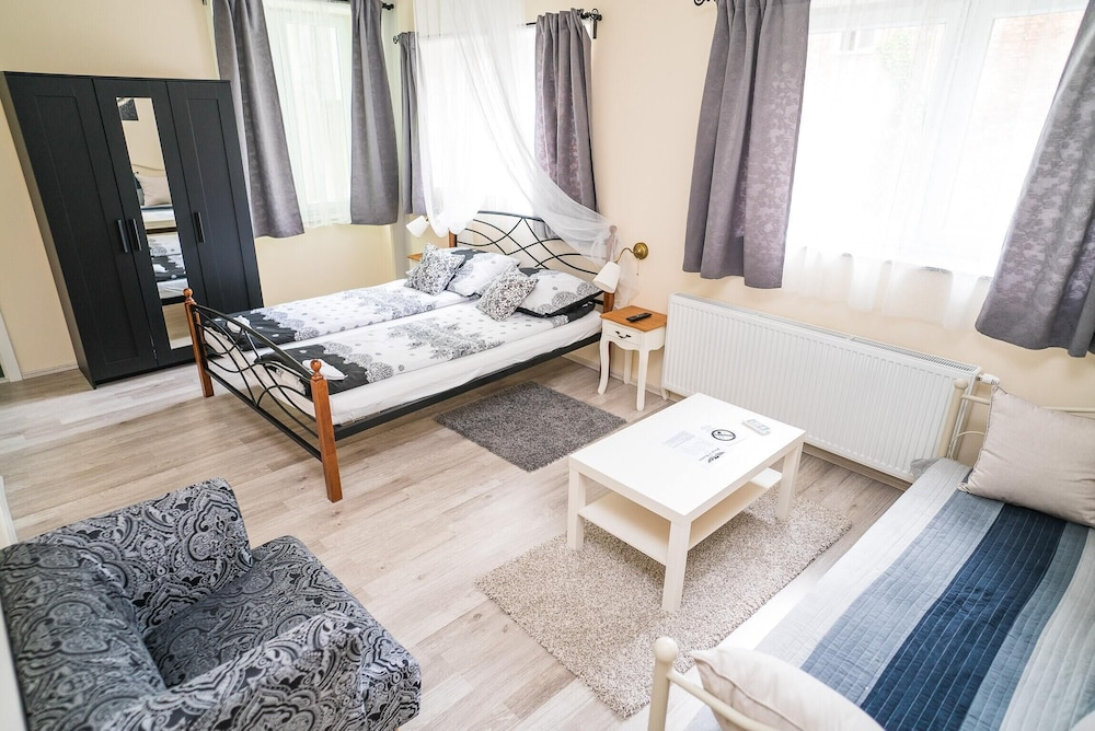 Studio in Zagreb, With Furnished Terrace and Wifi