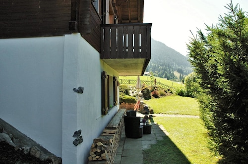 Chalet With one Bedroom in Reichenbach im Kandertal, With Wonderful Mo, Frutigen