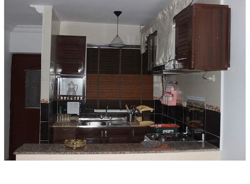 Studio in Erriadh, With Wonderful sea View, Enclosed Garden and Wifi -, Soliman