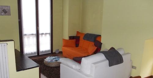 Apartment With one Bedroom in Lesa, With Wonderful Mountain View, Furn, Novara
