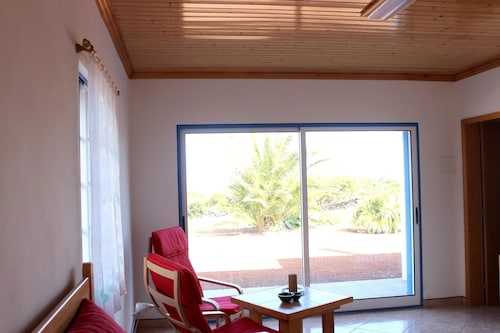 House With 2 Bedrooms in Baixa, With Wonderful sea View and Enclosed G, Lajes do Pico