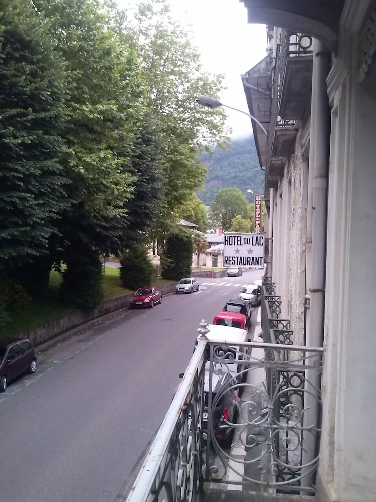 Apartment With 2 Bedrooms in Bagneres-de-luchon, With Wonderful Lake View, Balcony and Wifi - 200 m