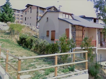 Chalet With 3 Rooms in Font Romeu Odeillo via - Property Image 2