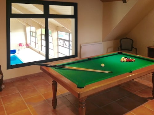 House With 4 Bedrooms in Faverolles, With Indoor Pool, Enclosed Garden, Indre