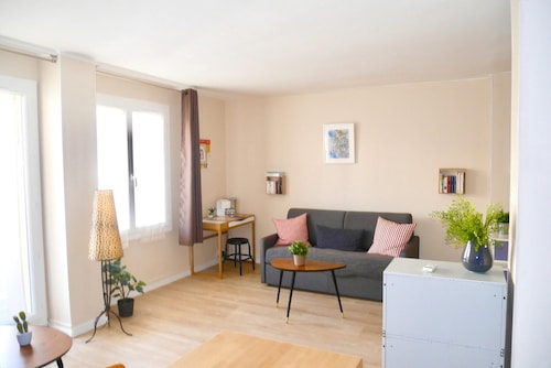 . Studio in Marseille, With Furnished Balcony and Wifi - 2 km From the Beach