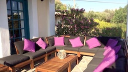 Villa With 5 Bedrooms in Limnos, Chios Island, With Wonderful sea View, Enclosed Garden and Wifi - 250 m From the Beach