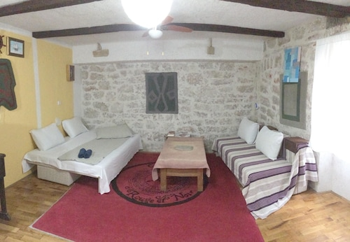 Apartment With one Bedroom in Betina, With Furnished Balcony and Wifi, Murter