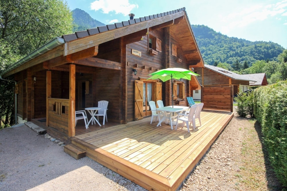 Chalet With 4 Bedrooms in Saint Jean D'aulps, With Wonderful Mountain View, Furnished Garden and Wif