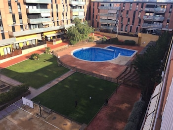 Apartment With 3 Bedrooms in Terrassa, With Wonderful City View, Pool