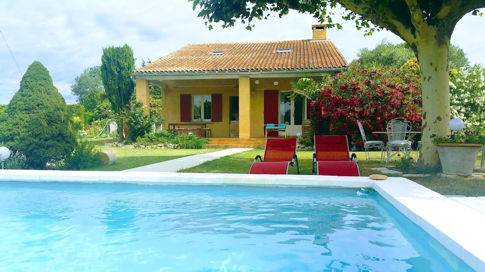 Villa With 3 Bedrooms in Velleron, With Private Pool, Enclosed Garden and Wifi - 10 min From L'isle