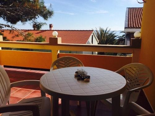 Apartment With 2 Bedrooms in Vir, With Wonderful sea View, Enclosed Ga, Vir