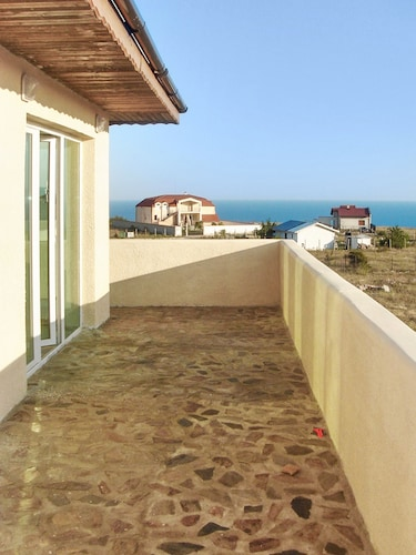 Villa With 4 Bedrooms in Topola, With Wonderful sea View, Enclosed Gar, Kavarna