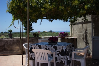 House With 2 Rooms in Sciacca, With sea View and Terrace 5 km From the