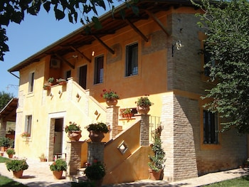 House With one Room in Spoleto, With Wonderful City View, Pool Access,