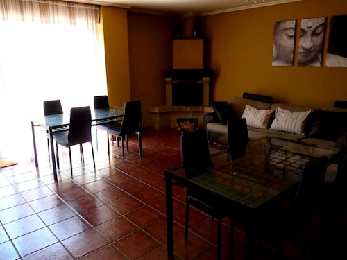 House With 4 Bedrooms in Laguardia, With Furnished Terrace and Wifi, Álava