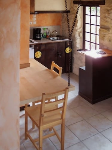House With one Bedroom in Agnac, With Pool Access and Enclosed Garden, Lot-et-Garonne