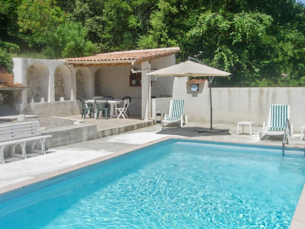 House With 4 Bedrooms in Varages, With Wonderful Mountain View, Private Pool, Furnished Garden - 80