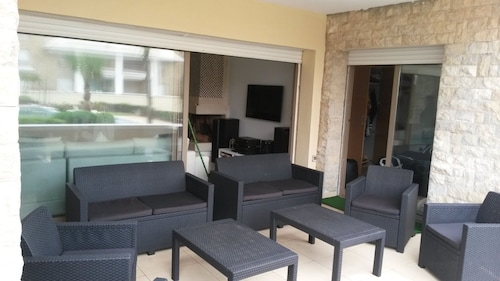 Apartment With 3 Bedrooms in Sidi Bouknadel, With Pool Access and Terr, Salé
