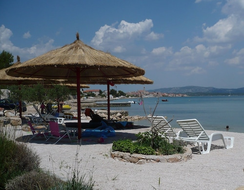 Apartment With one Bedroom in Betina, With Wonderful sea View, Furnish, Murter